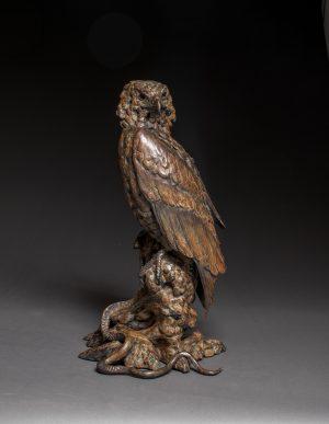 """""""Snake Eyes"""" - Lifesize Bateluer Eagle Bronze"""